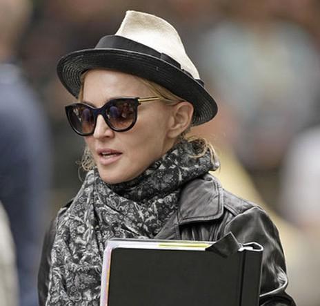 babette madonna sombrero Missenplis
