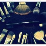 Limpieza y mantenimiento de pinceles y brochas de maquillaje