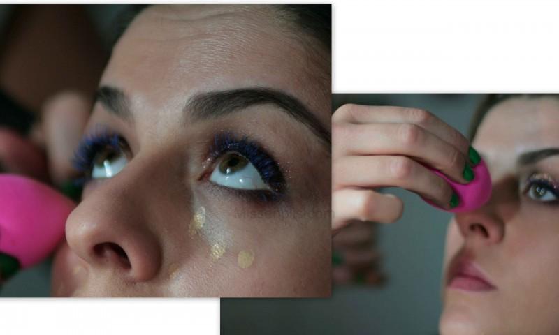 aplicación de corrector con beauty blender inglot 81 missenplis